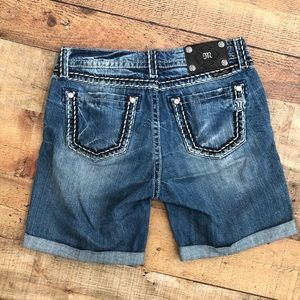 Miss Me Distressed Boyfriend Bermuda Shorts 27